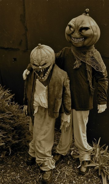 Terrifying Vintage Halloween Costumes Guaranteed To Give You