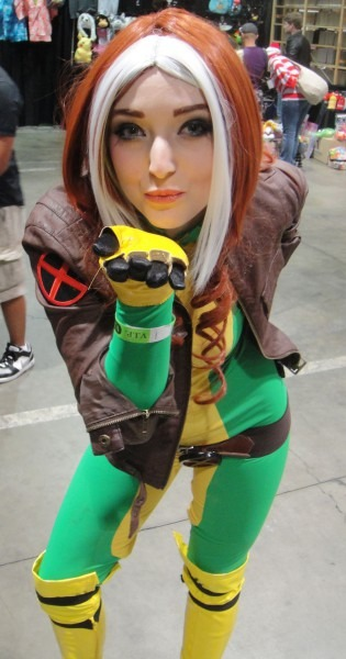 Rogue Costume Pattern & Sc 1 St Monika Lee
