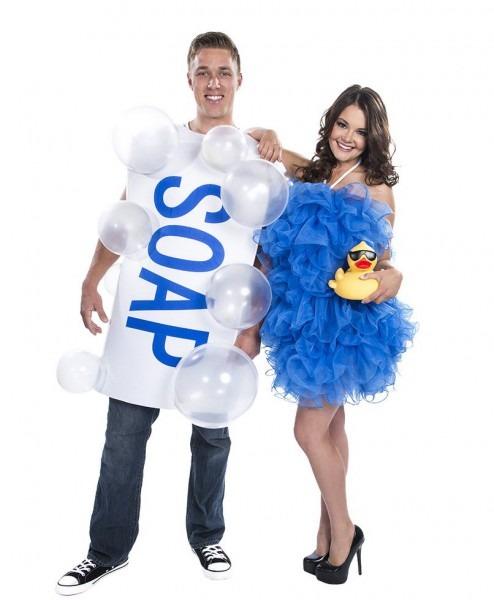 Austin Powers Couple Costume & Halloween 2017 Celebrity Couples