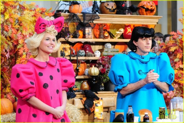 Today Show' Hosts Wear Spot On Peanuts Halloween Costumes  Photo