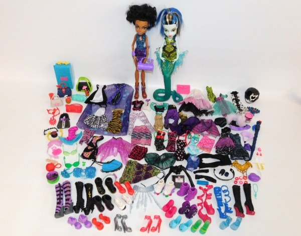 Monster High Lot Robecca Steam & Frankie Stein Dolls Tons Of