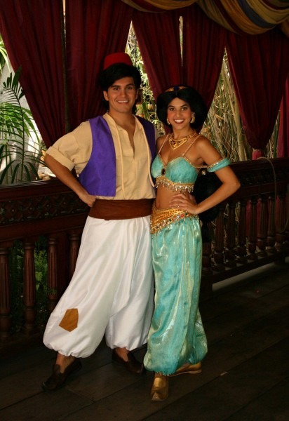 Cute Aladdin And Jasmine