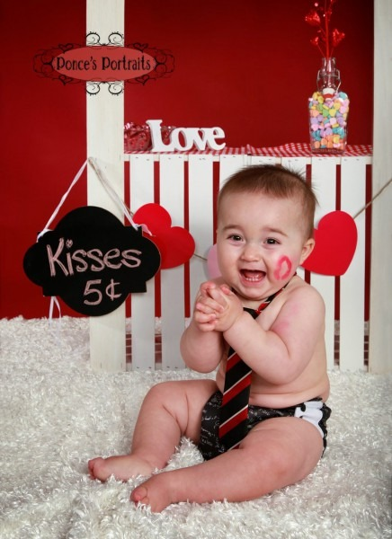 Ponce's Portraits Baby Valentine's Photo With Kissing Booth Www