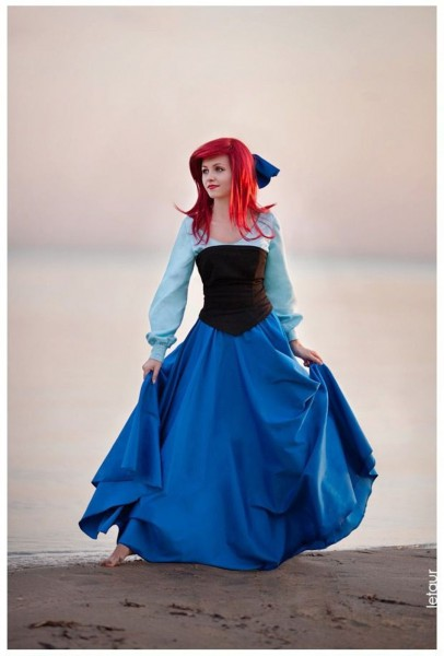 Pretty And Accurate Ariel Cosplay Features A Surprise