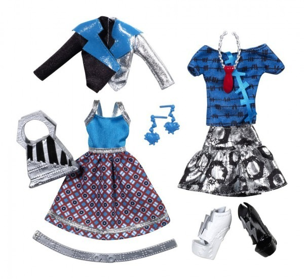 Amazon Com  Monster High Frankie Stein Deluxe Fashion Pack  Toys
