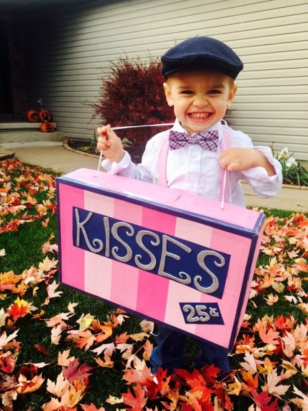 Kissing Booth Halloween Costume For A Toddler  Diy From Box Top