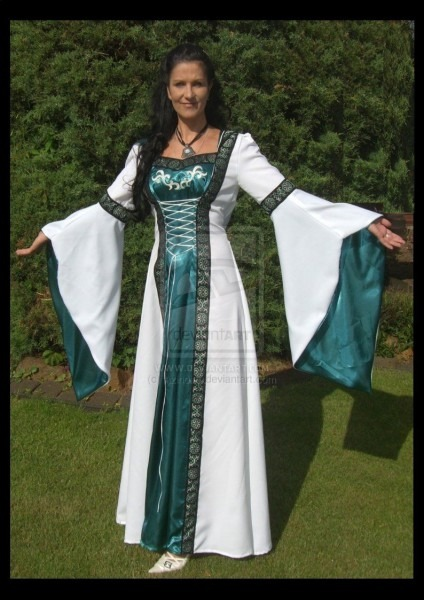 Renaissance Noble Woman Dress