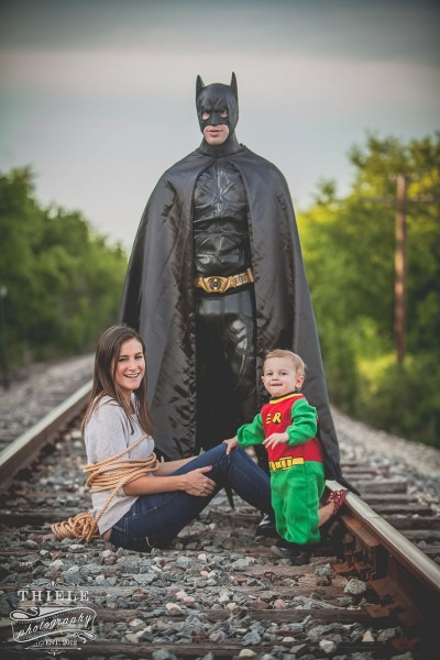 Creative Wife Organizes Batman And Robin Shoot For Her Husband And