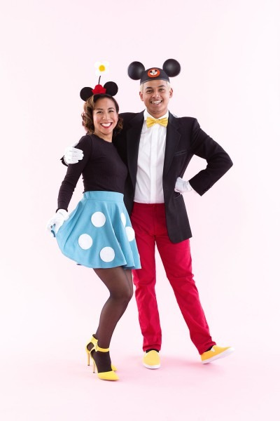This Mickey And Minnie Mouse Halloween Costume Has  Couplesgoals