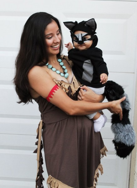 Life With Vida  Vida's First Halloween