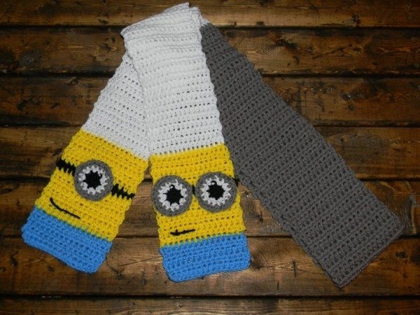 Crochet Despicable Me Minion Scarf