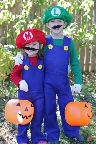 How To Make Mario And Luigi Costumes {tutorial}
