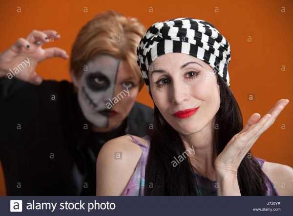 Woman Women Lady Scary Halloween Makeup Laugh Laughs Laughing Twit